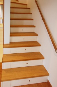 引き出し階段