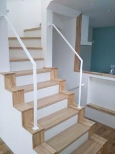 20210413モデルハウス階段